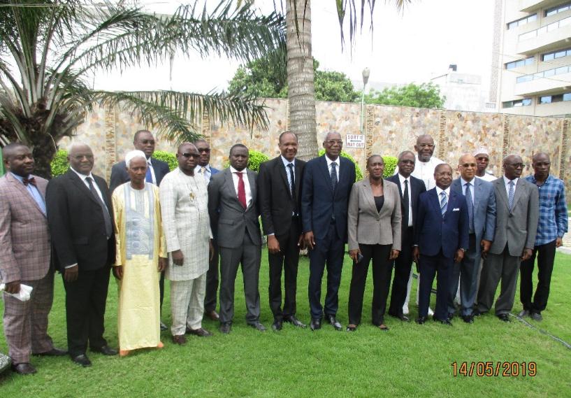 Membres de la CTPC à l'issue de la cérémonie d'ouverture de la 1ere réunion de 2019